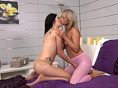 Slutty lesbians know how to conquer their spots